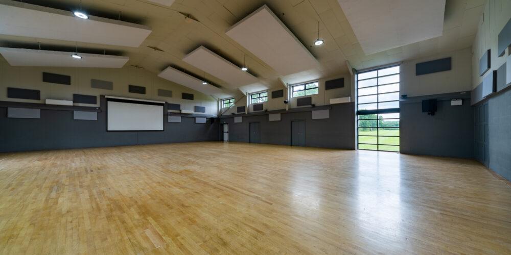 202007 Inside of hall in daylight